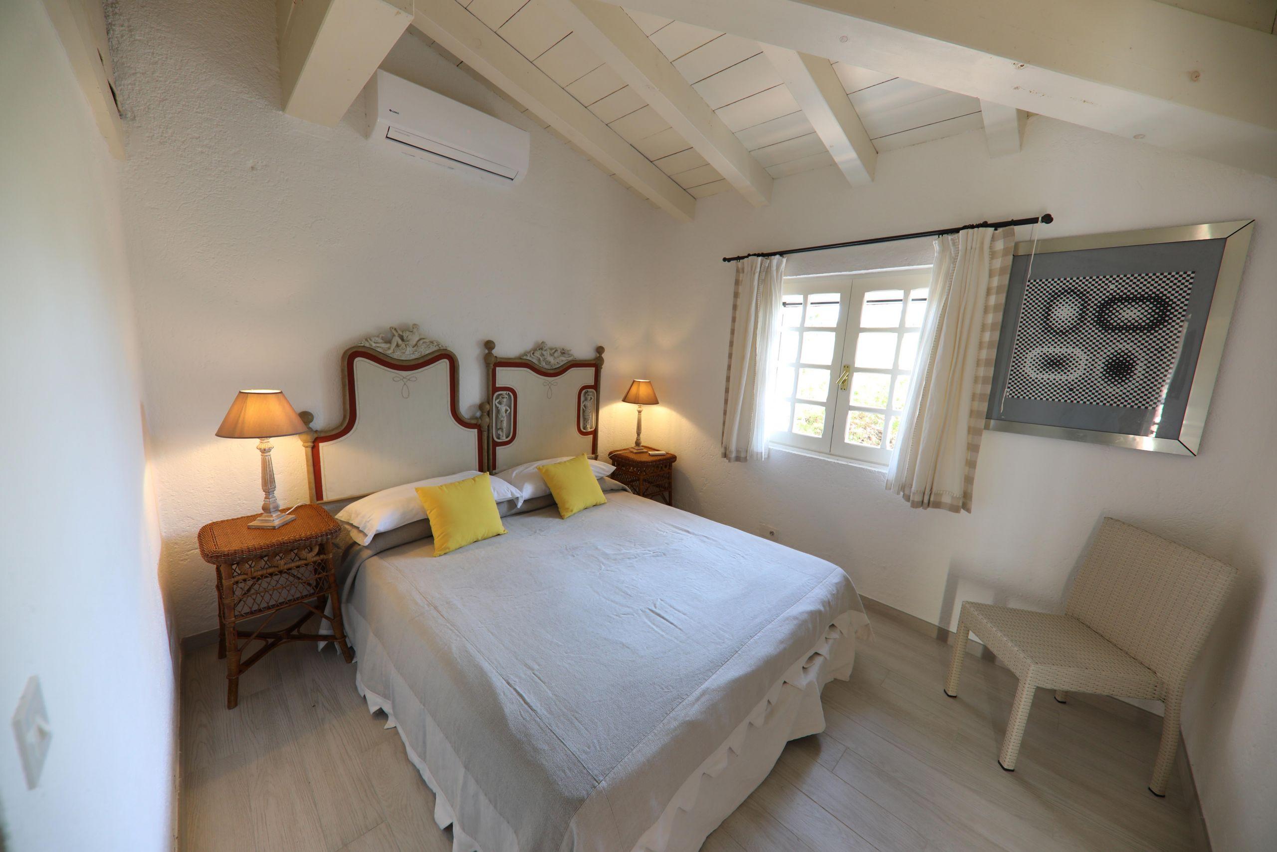 villa-zeri-bay-nord-bedroom